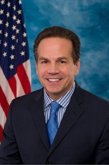 English: Official portrait of US Rep. David N....