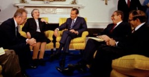 Israeli PM Golda Meir meets U.S. President Richard Nixon in Washington, March 1, 1973. Also in the photo: Yitzhak Rabin, Henry Kissinger and Simcha Dimitz. Photo by AP