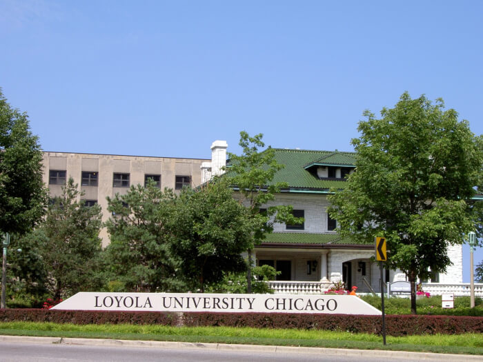 Loyola University discriminates against non-Jews who tried to sign up for Birthright Israel program
