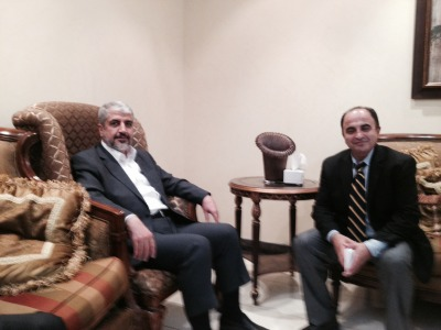 The Arab Daily News Editor  Ali Younes (right) interviewing Hamas spokesman Khaled Meshaal