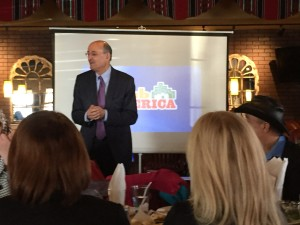 Warren David discusses his latest online venture, ArabAmerica.com to a gathering of influential Chicago American Arabs Saturday Feb. 7, 2015.