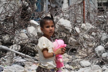 Palestinians celebrate Eid in suffering of destruction of Gaza