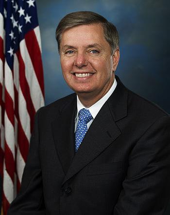 English: Official portrait of Senator LIndsey ...