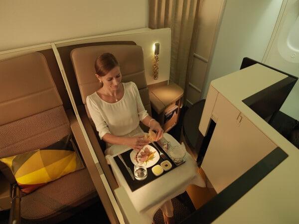 Etihad Airways - A380 Business Studio Dining (PRNewsFoto/Etihad Airways)