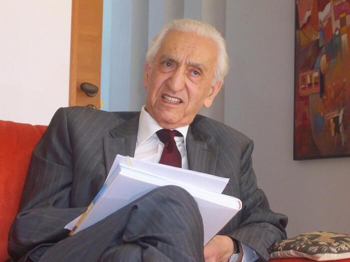 Algerian war hero Da al-Hocine dies