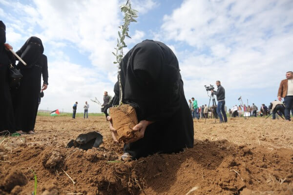 Palestinians celebrate Land Day in the Gaza Strip. Copyright (C) 2016 Mohammed Asad. All Rights reserved. Photos may be reproduced with proper credit to Mohammed Asad and the Arab Daily News