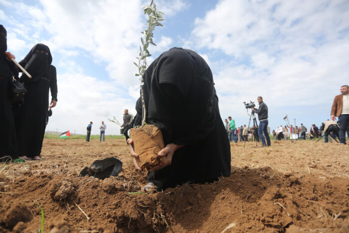 Palestinians commemorate Land Day, Israel's crimes