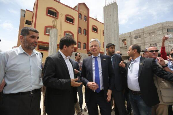 The Belgian Foreign Minister Didier Reynders arrived Tuesday morning in Gaza Strip via the Israeli-controlled (Erez) Beit Hanoun crossing, only one day after Turkish and Swiss ambassadors' visit to the Strip. Copyright Mohammed Asad 2016 All Rights Reserved