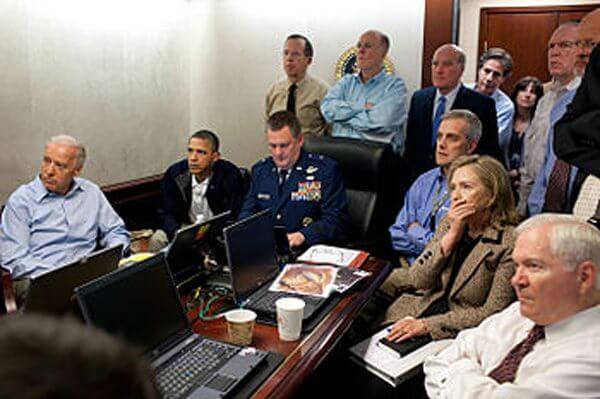 Obama, Clinton watch assault on Bin Laden