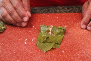 Wrapping a grape leaf (Lif Wariq duwally) 6