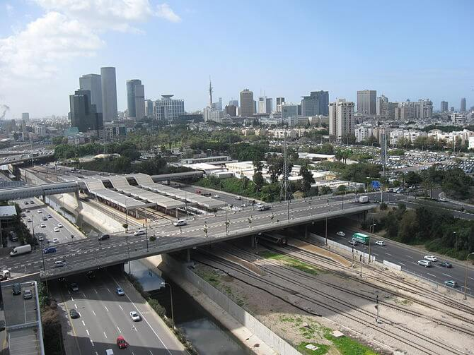 A20, Ayalon river and Tel-Aviv skyline