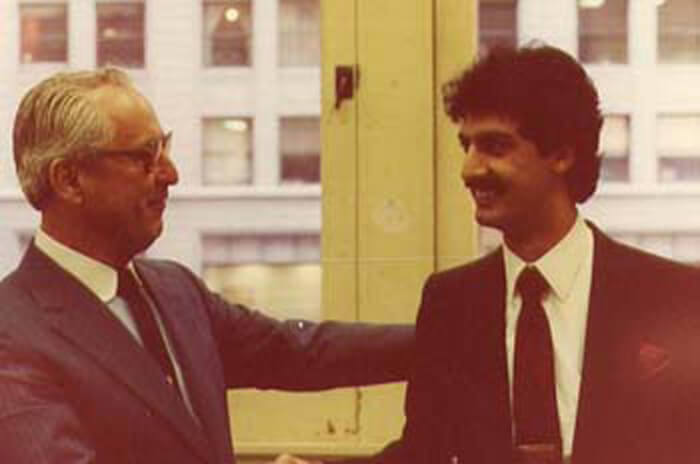Jay McMullen, husband of former Mayor Jane M. Byrne, with Ray Hanania weeks after threatening to punch the author in the nose. Photo courtesy of Ray Hanania. 1979