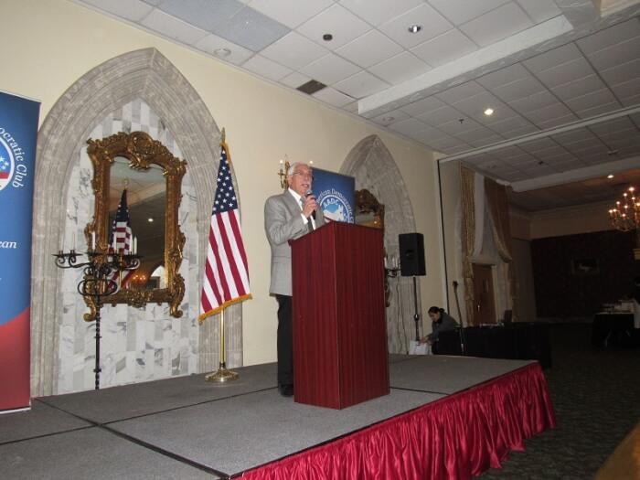 Democratic Party Chairman Joe Berrios addresses the Arab American Democratic Club brunch March 19, 2017. Photo courtesy of Steve Neuhaus