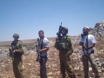 IDF soldiers and Israeli settlers (Photo credit: Wikipedia)