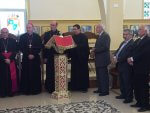 R-L : Mayor of Taybeh, Mr. Nadim Barakat, former Mayor of Taybeh, David Khoury, and representatives of Latin Patriarchate of Jerusalem standing with the magnificent chanter Jack Rabah!