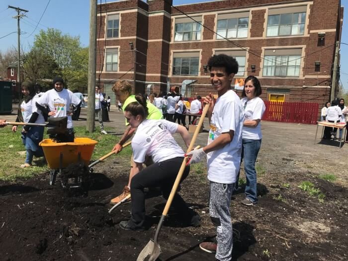 Volunteers participate in the 14th Annual National Arab American Service Day on May 5, 2018 at the Genesis House III - Women and Children's Shelterorganized by The National Network for Arab American Communities (NNAAC), an ACCESS institution.