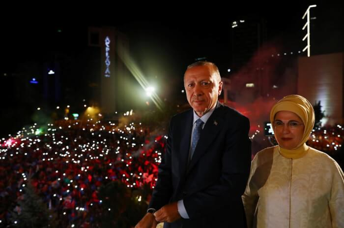 Turkey's Second Republic: Between Dialectic Realism and Societal Pragmatism