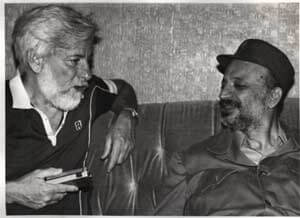 Uri Avnery with Yasser Arafat in 1982. Photo courtesy of Wikipedia.