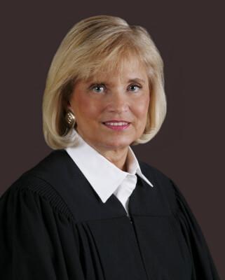 Arab Americans urge retention of Aurelia Pucinski for Illinois Appellate Court justice